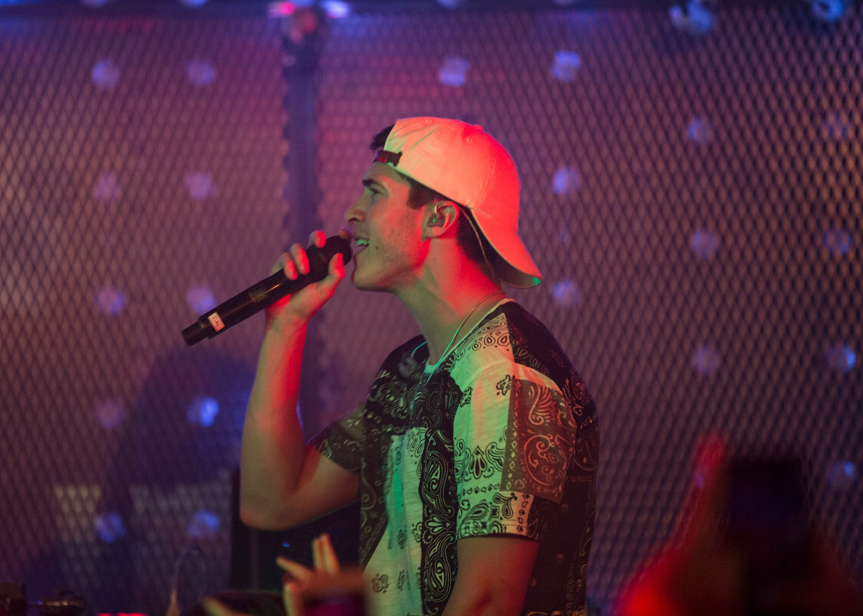 Rob Resnick Frontman for Timeflies