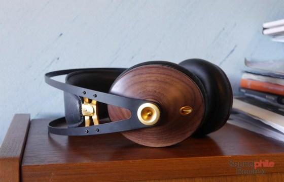 Meze 99 Classics Headphones in Pictures