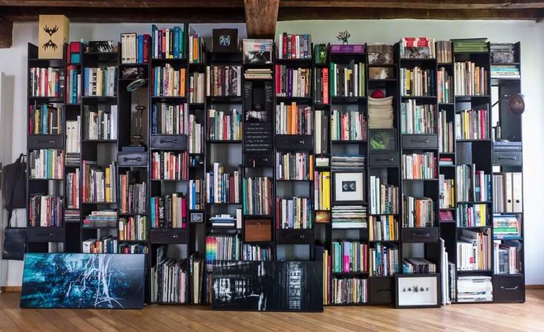 soundproofing using bookshalves