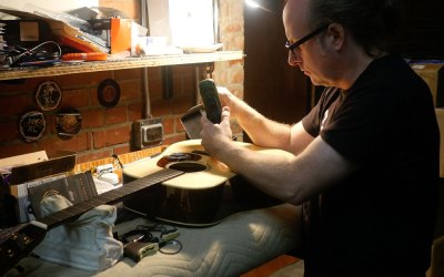 Meet Our Luthier