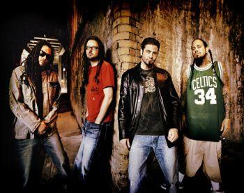 Korn sign to Roadrunner Records