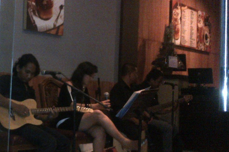 Sound System Bali Band Akustik di Coffee Zone