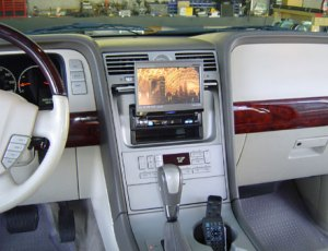 Lincoln Navigator Installation – 1c