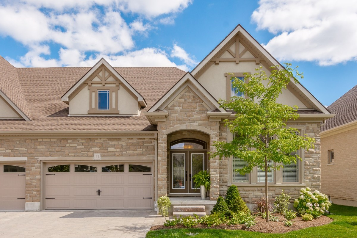Guelph Luxury For Sale