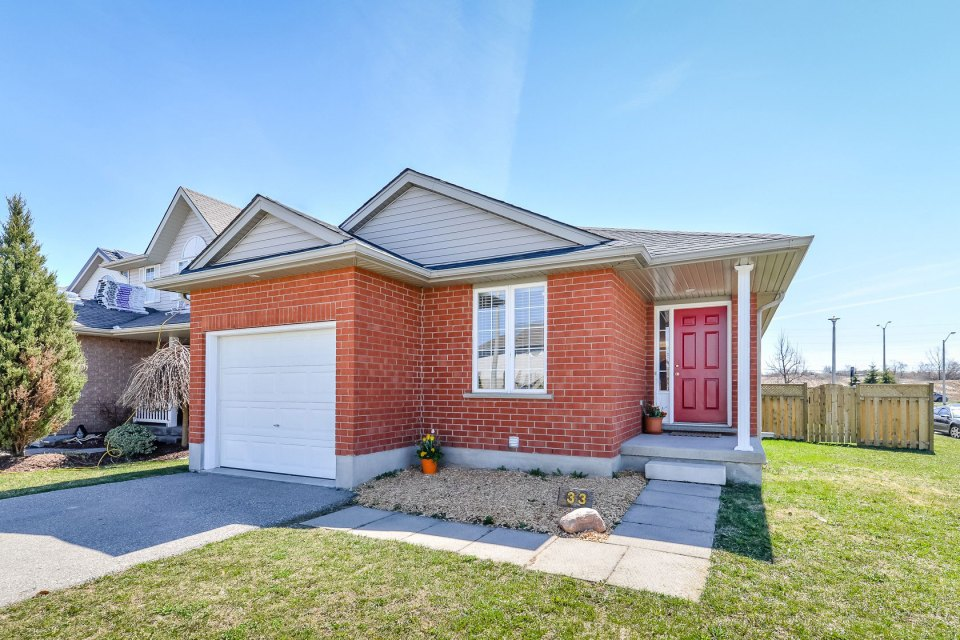 alternative to condo living - 33 Doyle Dr