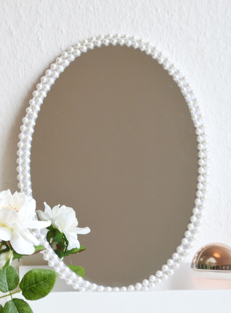 diy spiegel rahmen selber machen. Black Bedroom Furniture Sets. Home Design Ideas