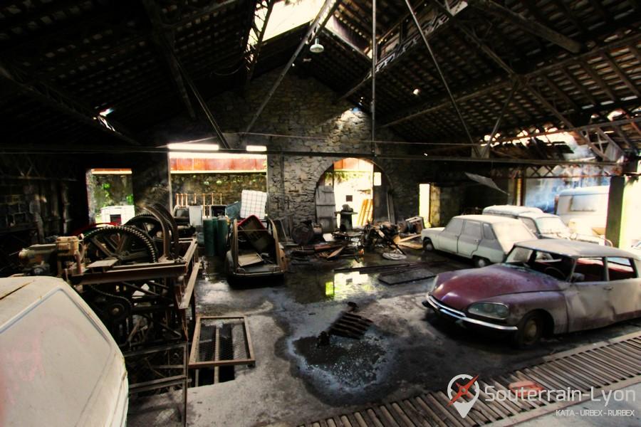 garage des ann es 70 urbex rurbex souterrains de lyon. Black Bedroom Furniture Sets. Home Design Ideas