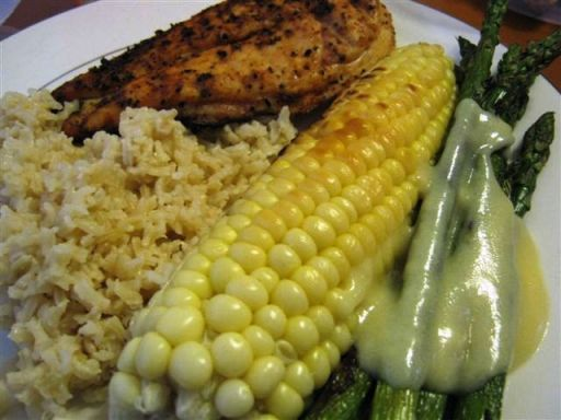 <p>Grilled Corn and Asapargus Served With Grilled Herbed Chicken and Sticky Rice</p>