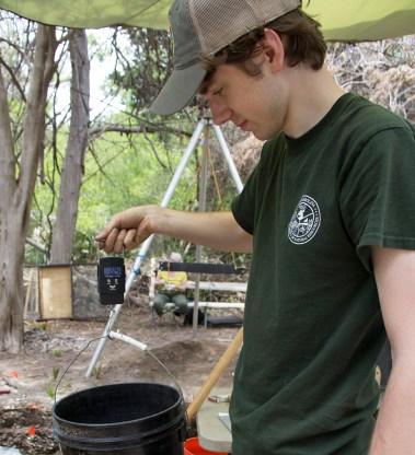Weighing Shells at Pockoy, Jacob Hamill, Blog Article, Photo #3
