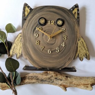 Brown Owl Clock