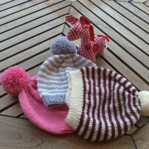 knitted baby hat with pompom