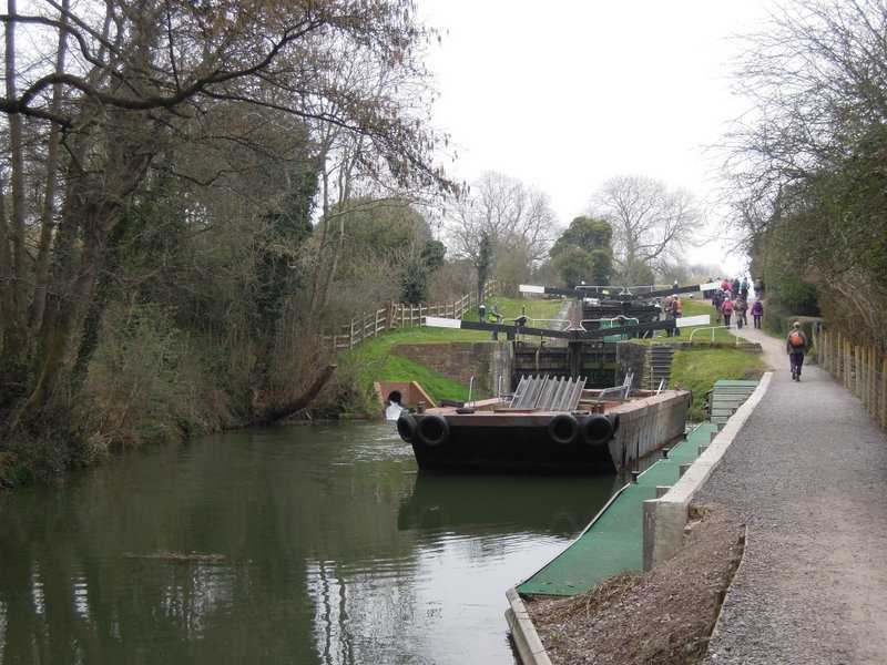 Ryeford Double Lock and the new landing stage
