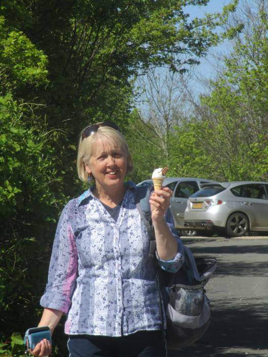 And at the car park, Alex gets her ice-cream