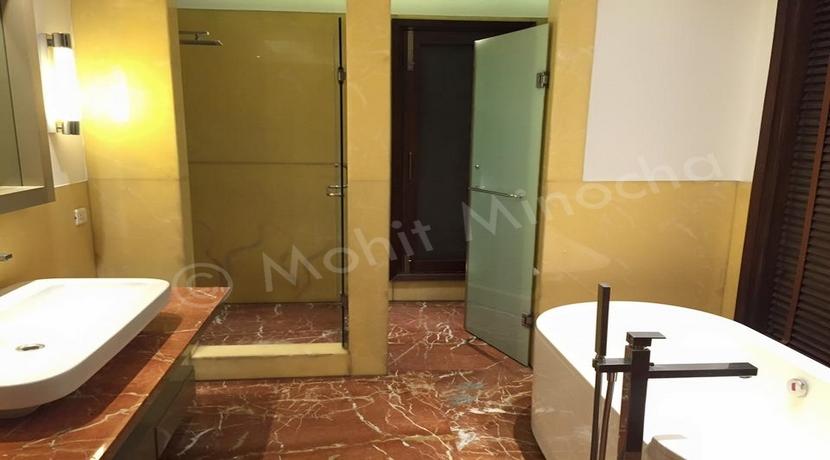 bathroom 14 apr 16 (32)