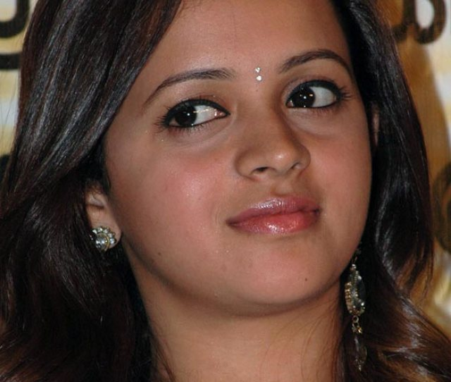 Tamil Telugu Malayalam Actress Bhavana Hot Spicy Stills  Actress Bhavana Photo Gallery
