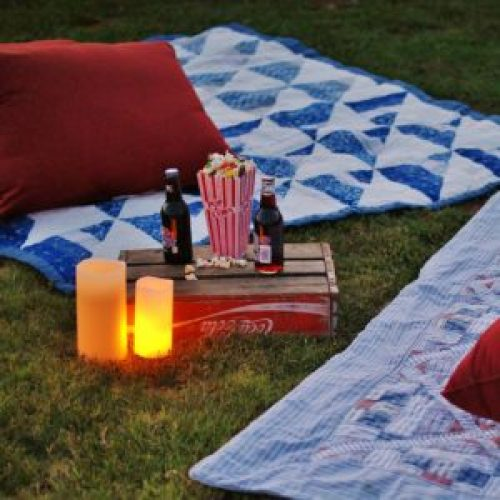 5 Secrets To Hosting The Best Outdoor Movie Night A