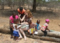 Rosemary Groom teaching rural children to read