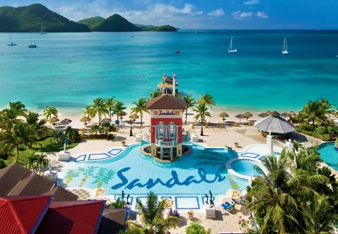 Sandals Honeymoons | Sandals Grande St. Lucia | Southern Glam Weddings & Events