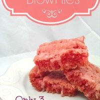 Strawberry Brownies - A Valentine's Day Treat! + FREE Printable!