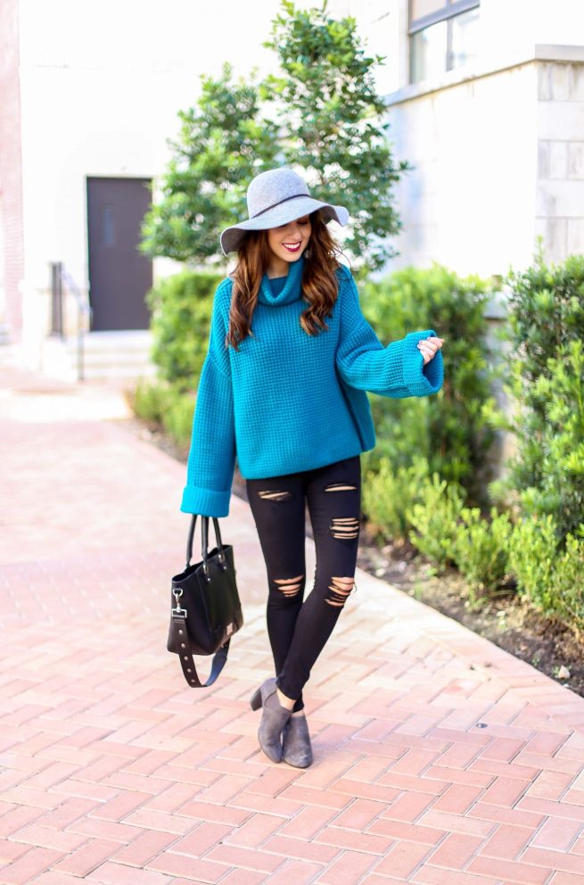 Fall Turquoise Sweater and Denim Style