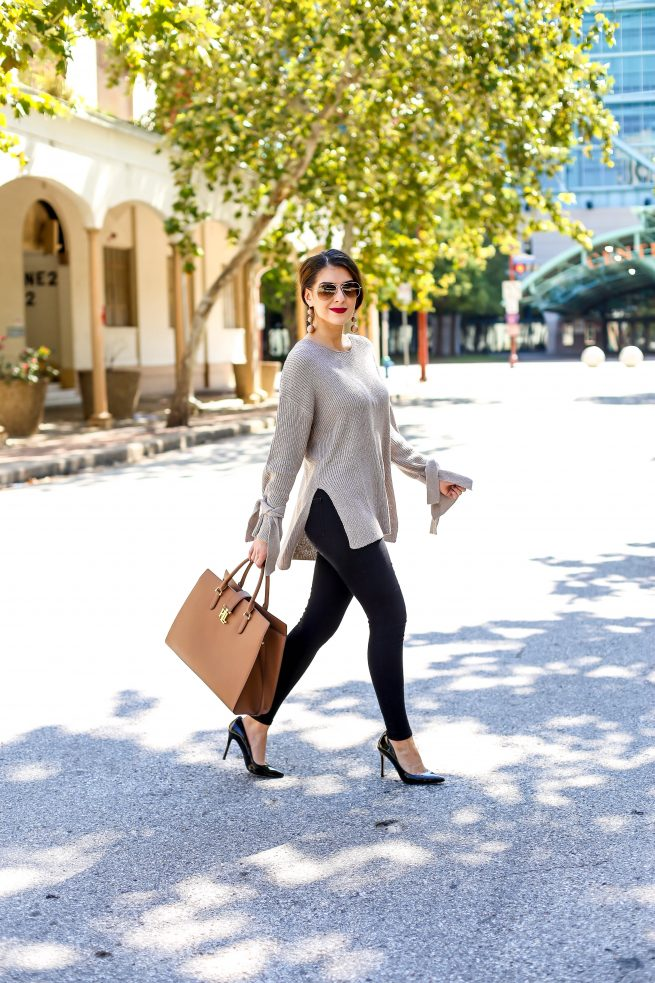 Tunic Sweater for Fall with Street Style Fall Inspiration
