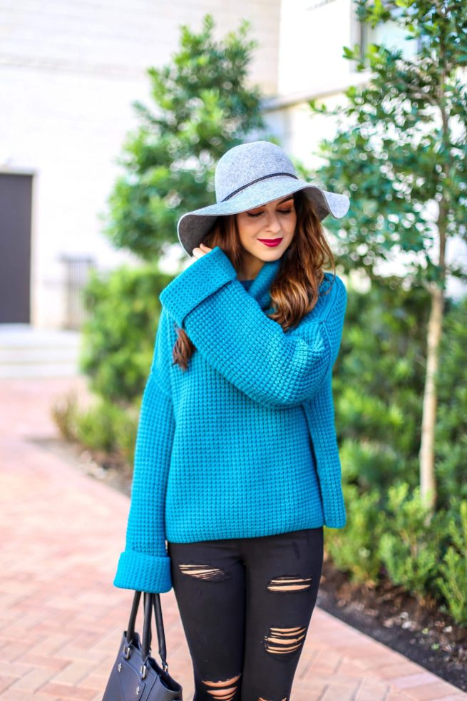 Turquoise Sweater for Fall and Winter