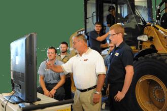 Caterpillar/Heavy Equipment Dealers Service Technology