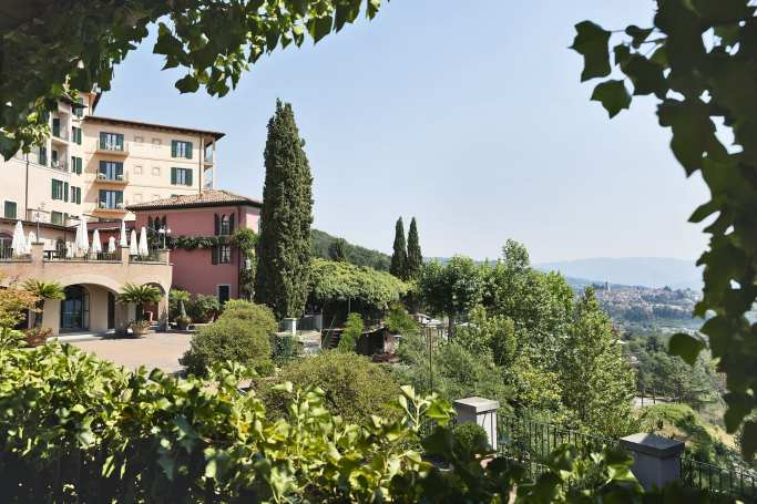 Outdoor Piazetta_Credit to Renaissance Tuscany