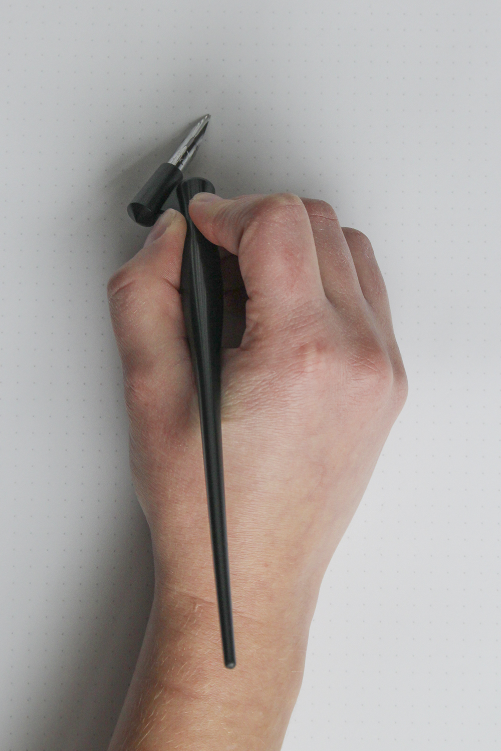 Learning how to hold your oblique pen