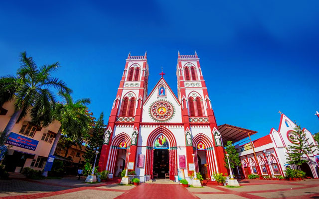 Basilica of the Sacred Heart of Jesus in Pondicherry