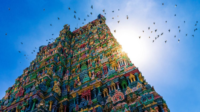 A beautiful view of Sri Meenakshi Temple in Madurai