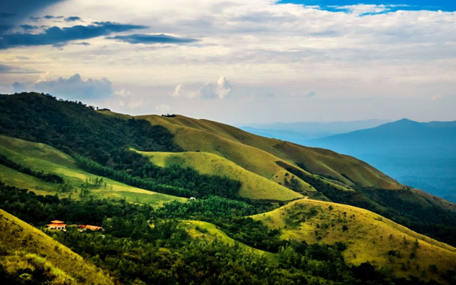 Panoramic views of the beautiful mountain slopes in Kudremukh, Chikmagalur.