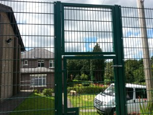 ball-stop-fence-cimla-5