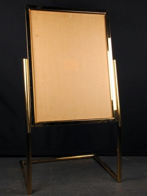Gold Table Plan Presentation Stand