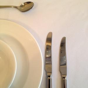"""White Circular Tablecloth 120 """" Dia"""