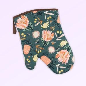 Single oven mitt with the Aussie Flora design fabric in khaki