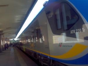 """Soverato – Debutta sulla ferrovia jonica il nuovo treno """"Swing"""""""