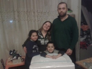 """""""Universo Minori"""" ha donato una lavatrice ad una famiglia bisognosa"""