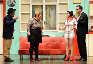 """Strepitoso successo per la commedia """"Se mai mi sposerò"""" dalla compagnia """"Il sipario"""" di Napoli"""