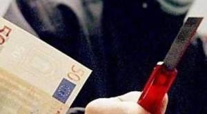 Rapina in banca a Rende, oltre 100 mila euro il bottino