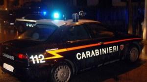Violenta rissa nei pressi di un locale notturno, denunciate quattro persone