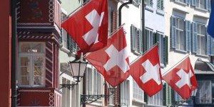 Spread alle stelle ed incertezze, per alcuni analisti riprende la fuga di capitali italiani all'estero