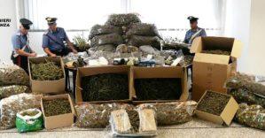 Tre chili di droga nascosta in soffitta, marito e moglie arrestati