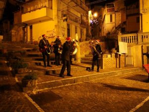 """La XVI edizione del """"Tarantella Power"""" nel centro storico di Tiriolo"""