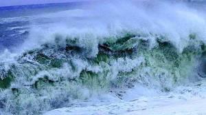 Maltempo – Venti di burrasca in Calabria, possibili mareggiate sulle coste