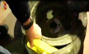 Calabrese beccato in Sicilia con 5,3 chili di cocaina nella ruota di scorta, arrestato