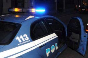 Litiga con il padre e lo uccide a coltellate, 28enne arrestato