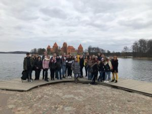 Lituania: Tra palco e (ir)realtà