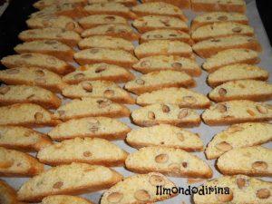 Ricette della tradizione – I biscotti cu i mmenduli (i biscotti con le mandorle)