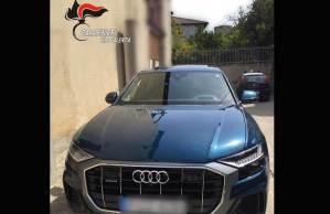 Auto rubata in Ungheria sequestrata in Calabria, denunciato titolare salone di Milano